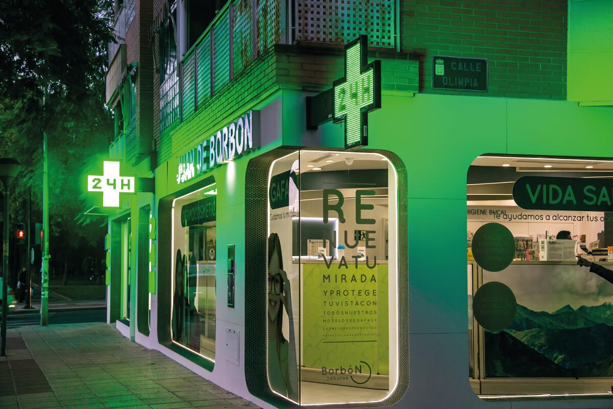 fachada farmacia juan borbon