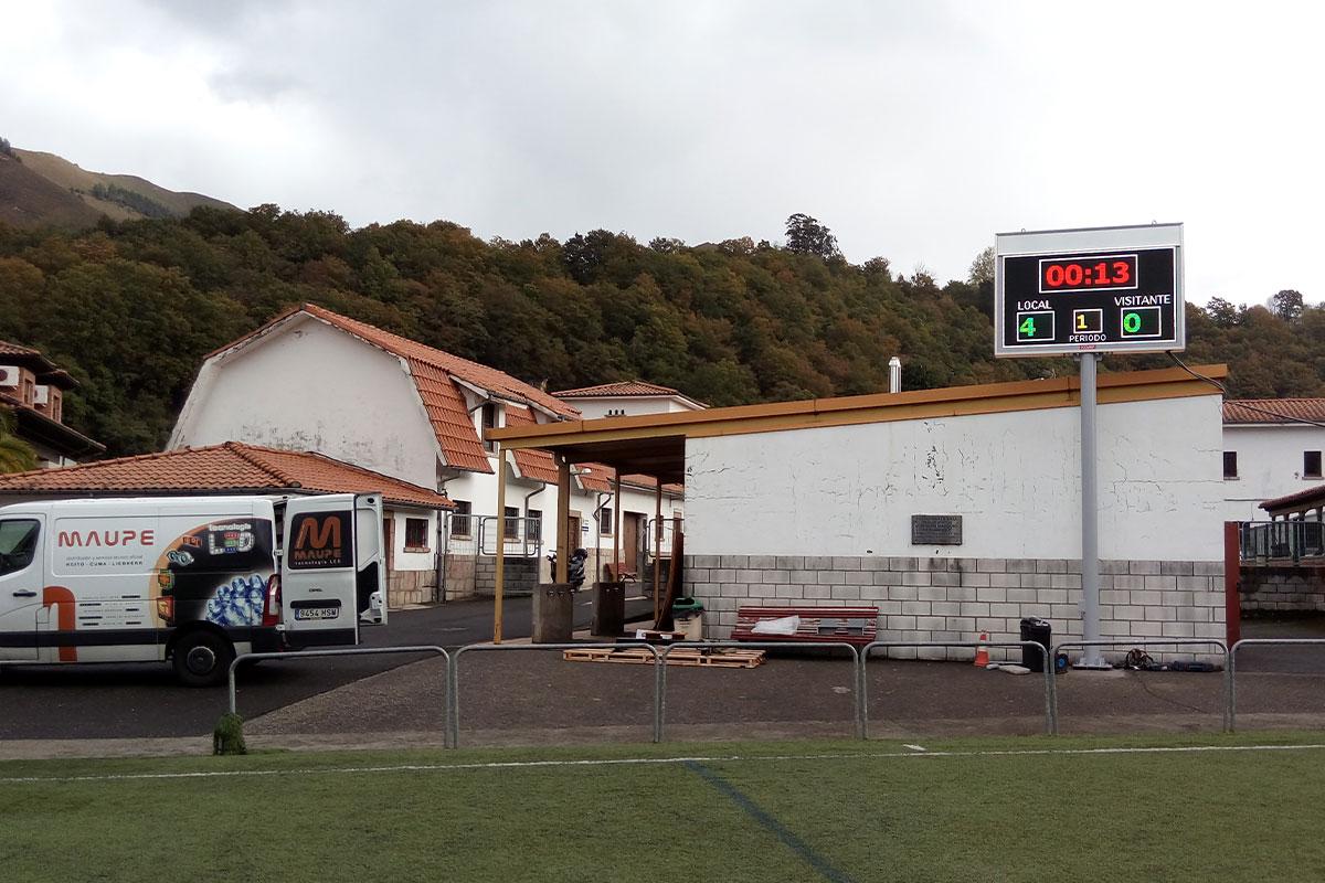 Vídeomarcador LED Full Color en el campo de fútbol del concejo de Cangas de Onís, Asturias